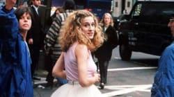 Πόσο κόστισε η φούστα που φορούσε η Carrie Bradshaw στο Sex and the