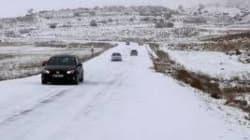 Chutes de neige: plusieurs routes coupées à