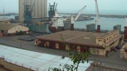 Fuite de 3 tonnes de bitume brûlant d'un camion-citerne au port de