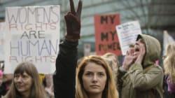 Ο Τραμπ υπέγραψε νόμο κατά των αμβλώσεων που θέτει σε κίνδυνο τη ζωή εκατομμυρίων γυναικών ανά τον