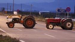Ξεκινούν τα αγροτικά μπλόκα στη δυτική Μακεδονία. Ένας αγρότης τραυματίστηκε στο τελωνείο των