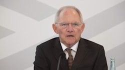 Νέο «χαστούκι» σε Σόιμπλε αυτή τη φορά από τη Die Welt: Δεν χρειάζεται νέα απόφαση εάν αποχωρήσει το