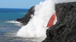 Ο φλεγόμενος «ιχώρ» της Γης: Ασταμάτητη ροή λάβας στον ωκεανό από το ηφαίστειο Κιλαουέα στη