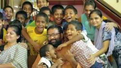 Ηρωικός πατέρας υιοθέτησε 22 οροθετικά παιδιά που είχαν εγκαταλειφθεί από τους βιολογικούς τους