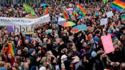 Η φινλανδική Βουλή επικύρωσε τον νόμο για τον γάμο των