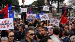Διαδηλώσεις της αντιπολίτευσης στα