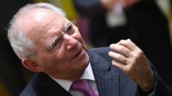 Handelsblatt: To ΔΝΤ θα συμμετάσχει και η γερμανική κυβέρνηση θα συμφωνήσει σε ελαφρύνσεις του χρέους μετά το