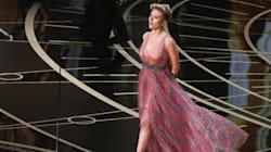 Scarlett Johansson sublimée par les créations du tunisien Azzedine Alaïa en marge et lors de la cérémonie des
