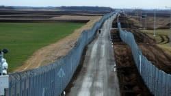 Έναν τρομακτικό νέο φράκτη με τεχνολογία αιχμής χτίζει η Ουγγαρία στα νότια σύνορά