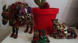Cet artisan vend des ânes très particuliers aux portes de la
