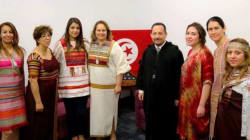 Quand les ambassadeurs canadien et américain en Tunisie portent des habits traditionnels