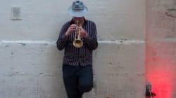 Un sit-in pour les musiciens de rue de