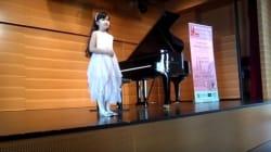 La jeune pianiste Ons Ben Romdhane prépare un spectacle musical pour le mois de