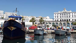 Des bateaux-restaurants au large des plages algériennes cet