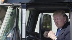 트럭에 탄 트럼프는 신이
