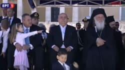 Η γκάφα του εκφωνητή της ΕΡΤ κατά την μετάδοση της στρατιωτικής παρέλασης που μας πήγε δεκαετίες