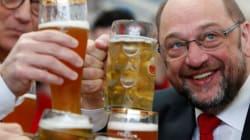 Satire: Martin Schulz wird attackiert: Günter K. greift