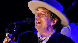 Bob Dylan recevra finalement son prix Nobel en