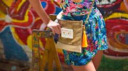 Les Harakat Sisters exportent leur kassetta bag en Italie le temps d'un