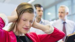 Πώς να προστατεύεις τον χρόνο σου στο γραφείο από τους συναδέλφους που