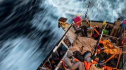 Au moins 97 migrants disparus dans un naufrage au large de la