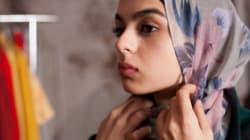 Τι συνέβη όταν μια νεαρή μουσουλμάνα ρωτά τον πατέρα της αν μπορεί να βγάλει την μαντήλα
