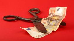 ΤτΕ: Πρωτογενές έλλειμμα 295 εκατ. ευρώ στον προϋπολογισμό το α'