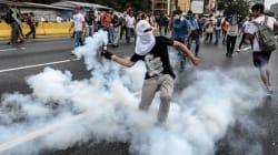 L'opposition poursuit ses défilés au Venezuela, plongé dans la
