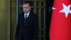 Turquie: TV censurée, nouvelles purges, accès à Wikipedia