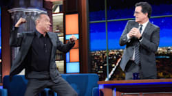 H ξεκαρδιστική μίμηση του Tom Hanks για το πάθημά του ενώ έκανε ποδήλατο με τον