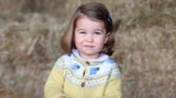 La princesse Charlotte ressemble de plus en plus à la reine Elizabeth