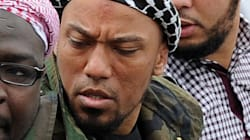 FBI 통역가가 수사대상이던 IS 대원과 몰래 결혼해 수사 정보를