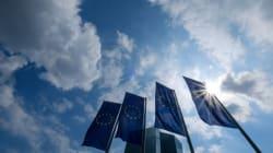 Reuters: Τα ελληνικά ομόλογα θα μπορούσαν να ενταχθούν σύντομα στο