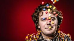 Le Belge Alex Vizorek à Tunis dans une comédie bien dosée d'humour