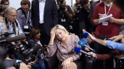 Η Λεπέν φέρεται να απαγόρευσε σε ΜΜΕ να παραστούν στο «στρατόπεδό»
