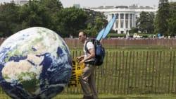 Μεγάλοι θεσμικοί επενδυτές προτρέπουν τον Τραμπ να παραμείνει στη Συμφωνία του Παρισιού για το