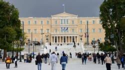 Spiegel: Η οικονομία της Ελλάδας ολισθαίνει στην