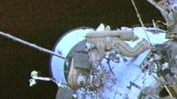 Δύο αστροναύτες βγαίνουν από τον Διεθνή Διαστημικό Σταθμό για επείγουσα