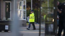 Υπό κράτηση παραμένουν 8 από τους 10 συλληφθέντες που θεωρούνται ύποπτοι για τη βομβιστική επίθεση στο