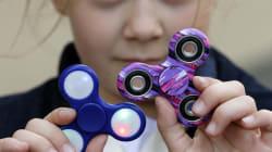 Τελικά το παιχνίδι spinner βοηθά τα παιδιά να συγκεντρώνονται ή τους αποσπά την
