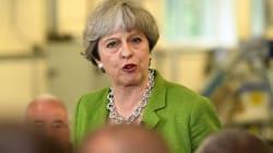 Βρετανία: Προβάδισμα 15 μονάδων των Συντηρητικών έναντι των Εργατικών δείχνει