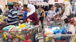 Au Qatar, des habitants paniqués se ruent sur les