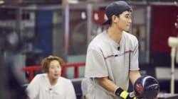 무한도전 멤버들이 김수현과 볼링 대결을