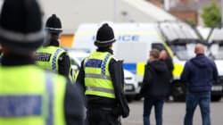 Βρετανία: Απελευθερώθηκαν οι όμηροι που κρατούσε άνδρας με μαχαίρι στο