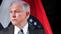 Falsche Antworten auf diese 3 Fragen könnten heute dem US-Justizminister das Amt