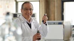 Le roi félicite le biologiste marocain Adnane