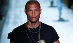 Jeremy Meeks, le prisonnier le plus sexy du monde, a défilé à la Fashion Week de