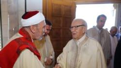 Crise du Golfe, lutte contre la corruption...les messages politiques de Béji Caid Essebsi en marge de la prière de