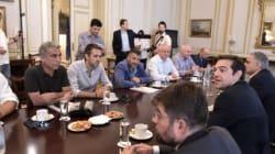 Νέες προτάσεις από τον Τσίπρα για άρση του αδιεξόδου. Συνεδριάζει η