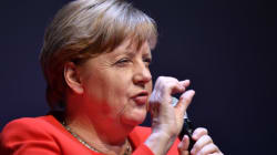 Στο 40% το ποσοστό των Συντηρητικών της Μέρκελ, καθηλωμένοι στο 23% οι Σοσιαλδημοκράτες του